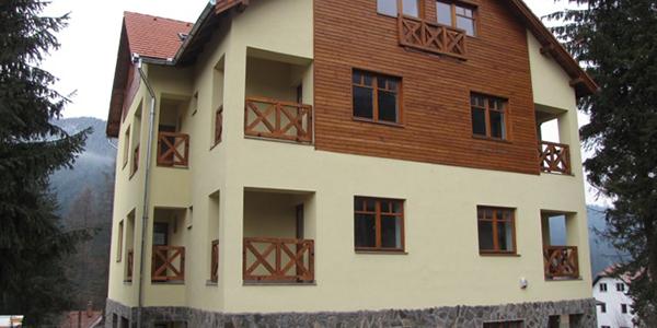 Tâmplărie lemn stratificat